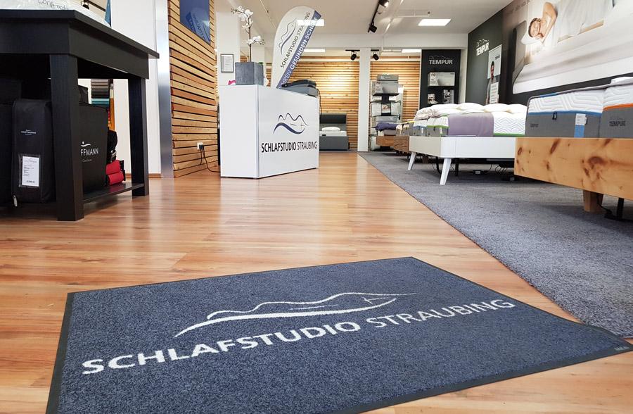Fußmatte für Bettenhaus und Matratzenfachgeschäft Schlafstudio Straubing