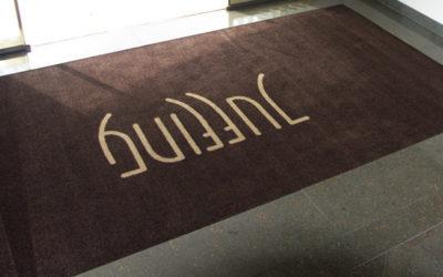 Fußmatte mit Logo für Hotel
