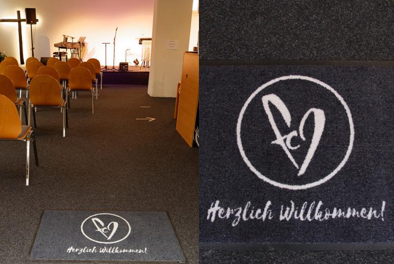 Individuelle Schmutzfangmatte mit Logo für Kirche